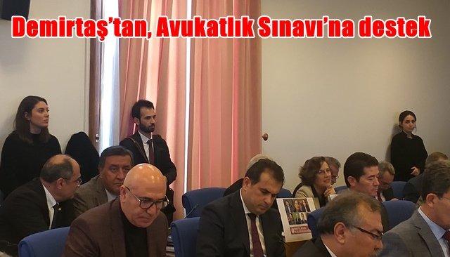 Demirtaş'tan, Avukatlık Sınavı'na destek