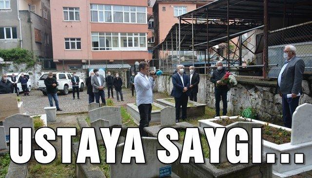 OSMAN ZEKİ ORAL, MEZARI BAŞINDA ANILDI