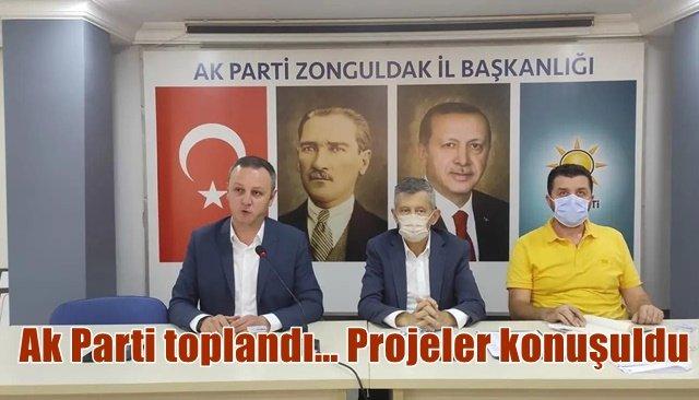 Ak Parti toplandı…Projeler konuşuldu
