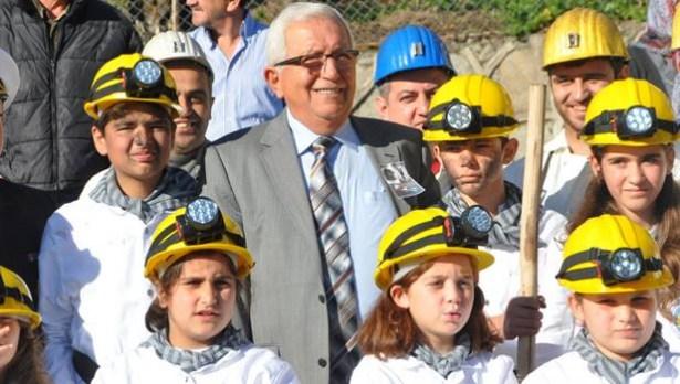 Posbıyık, iş başı yapan madencilere başarı diledi