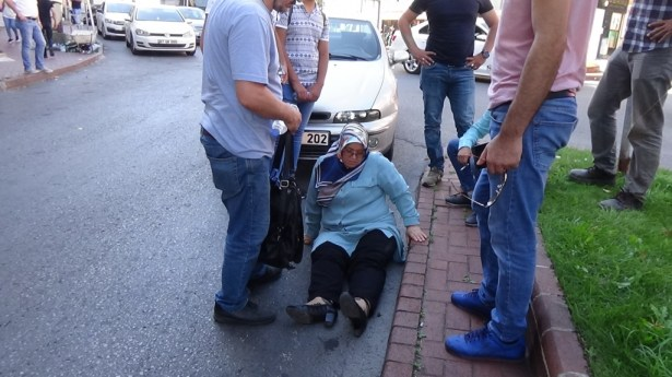 Karşıya geçmek isterken yaralandı