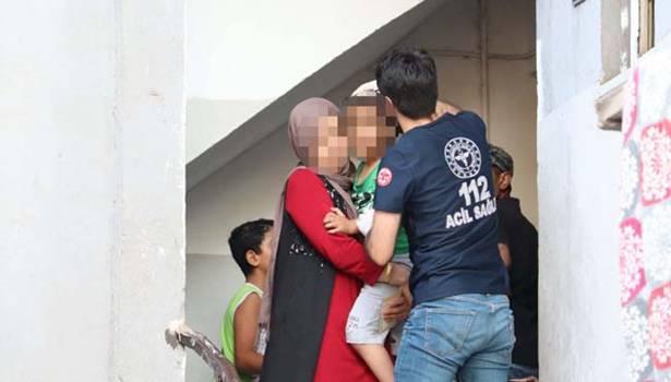 Camdan düşen oğlunu hastaneye değil eve götürdü