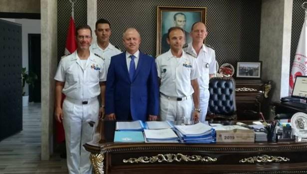 NATO görev gemileri Ereğli´ye geldi
