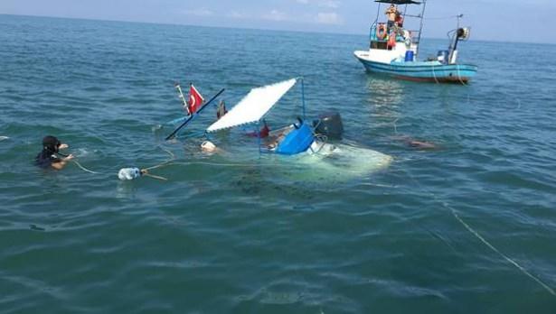 Balıkçılar, batan kayık için seferber oldu