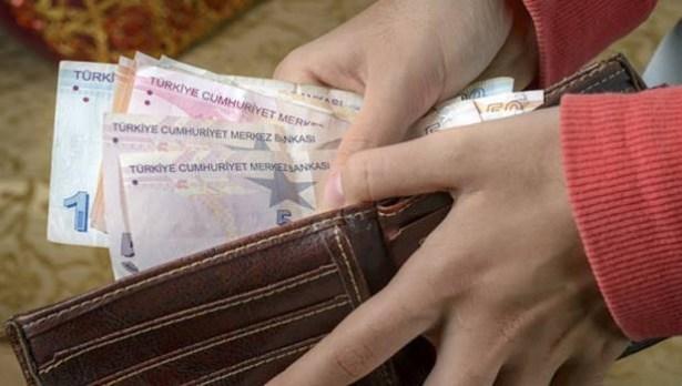 Memur Sen açlık sınırını 2 bin 413 lira olarak açıkladı